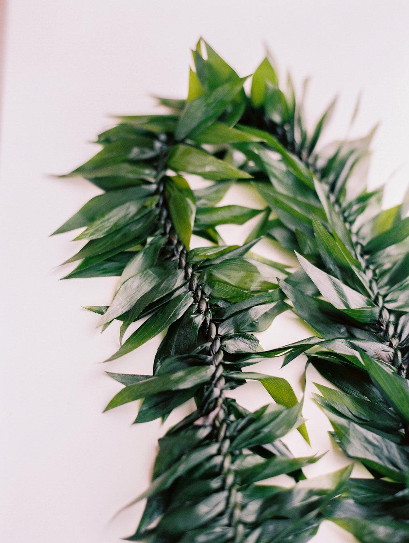groom-ti-leaf-lei-hawaii.jpg