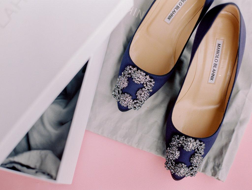Manolo-Blahnik-blue-crystal-wedding-shoes.jpg
