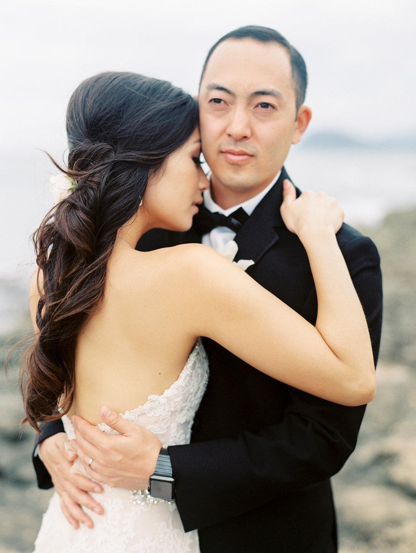 four-seasons-oahu-secret-beach-sunset-wedding-2.jpeg