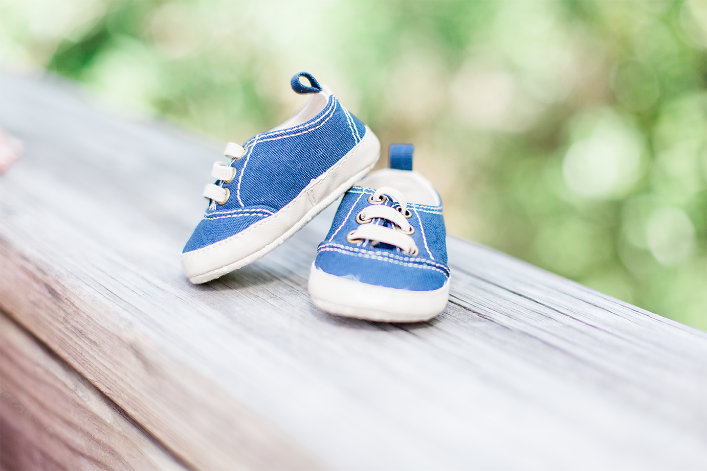 Baby shoes | maternity session