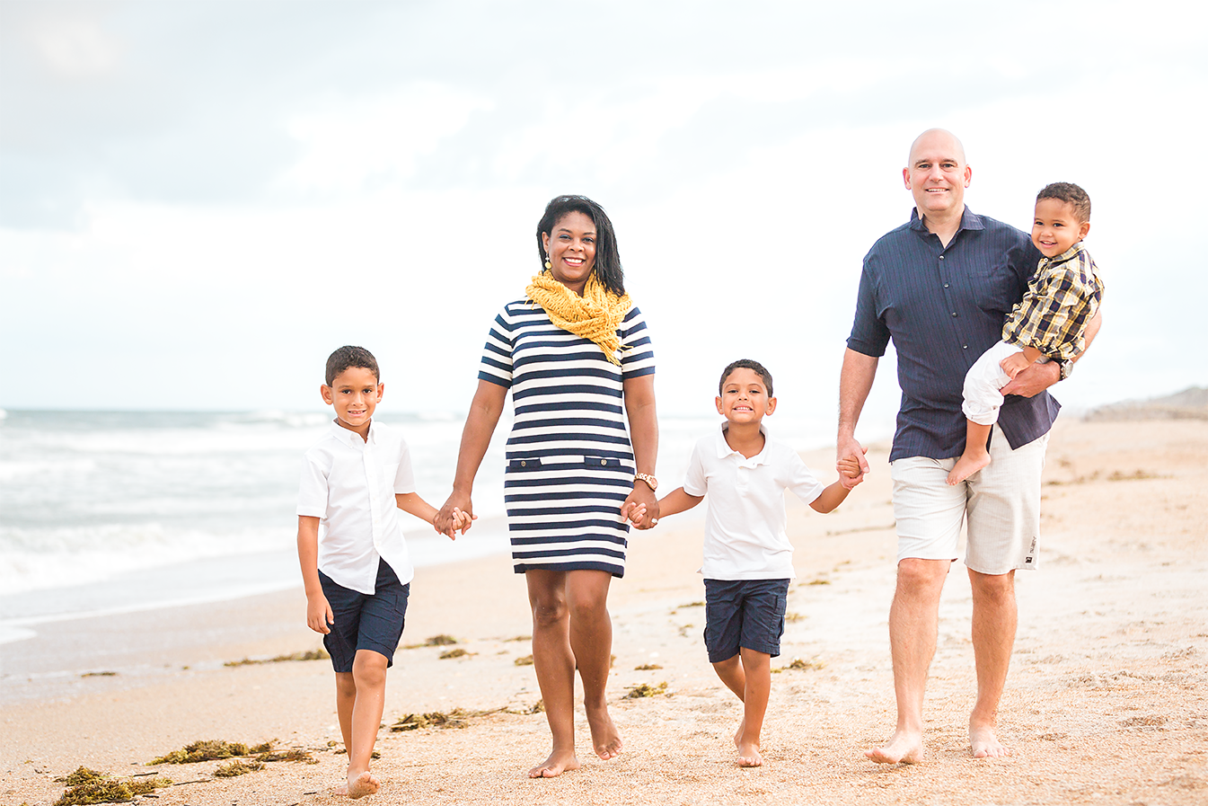 beach family photos in ponte vedra