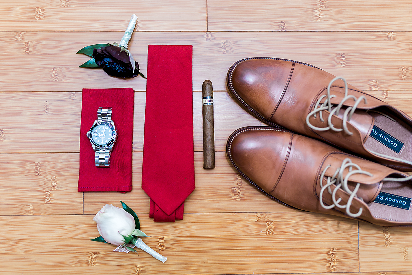 groom's details for the wedding
