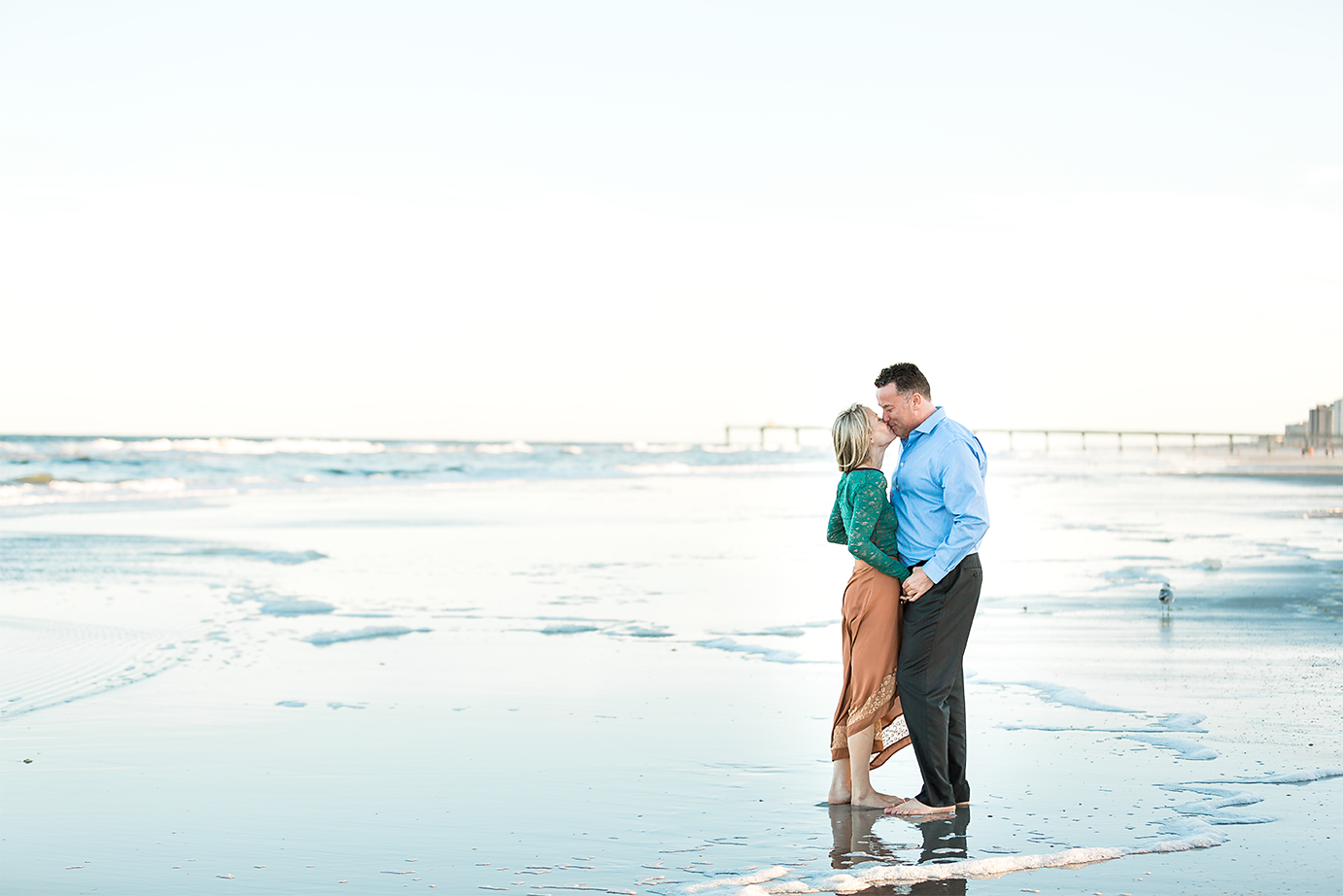 professional engagement photos at the beach_jacksonville fl