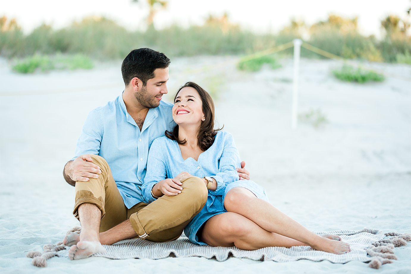 beach engagement session in jacksonville fl