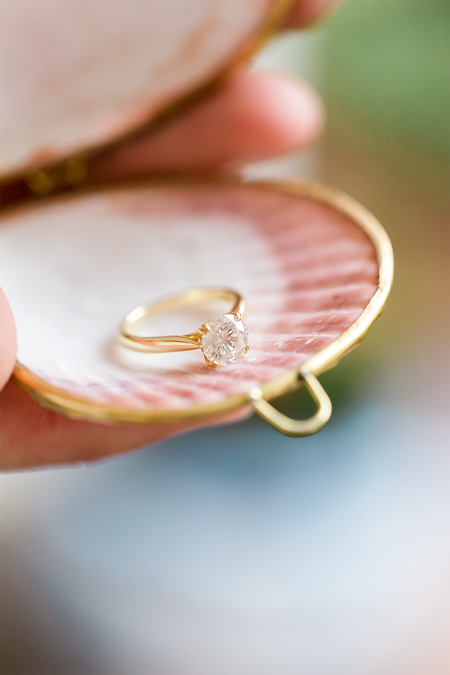 ring in a seashell for the proposal
