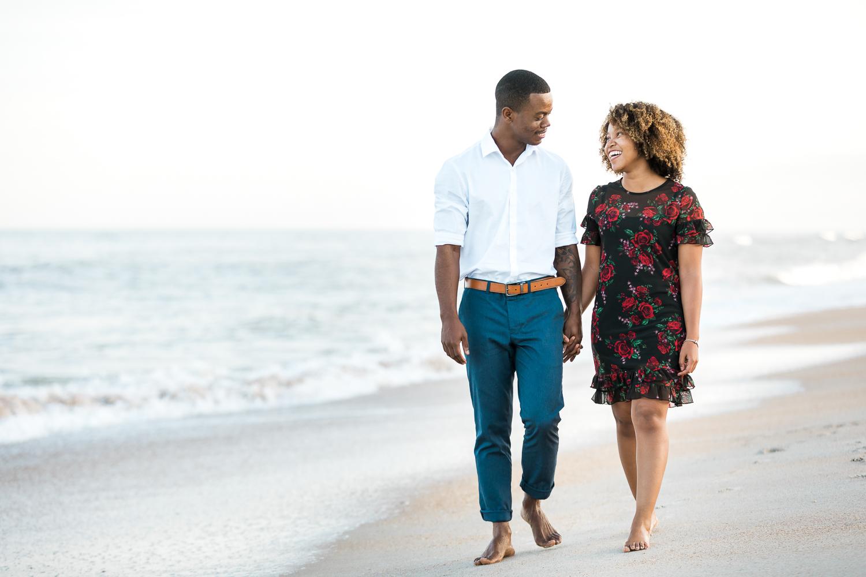 couple walking in ponte vedra beach