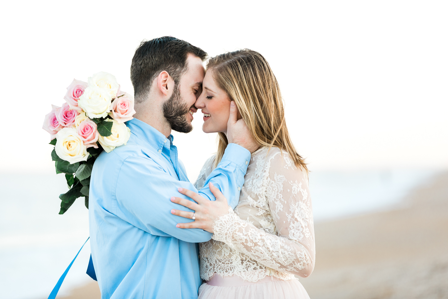 Engagement session style and posing inspiration