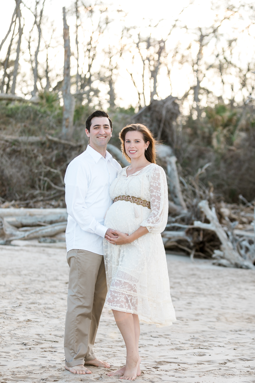 Beach maternity photos in Amelia Island