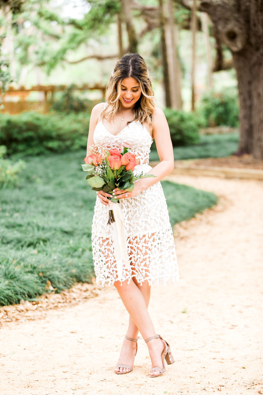 Outfit ideas for women for engagement session