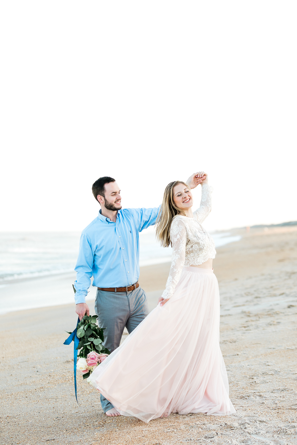 engagement photographer in ponte vedra beach + outfit ideas for couple sessions