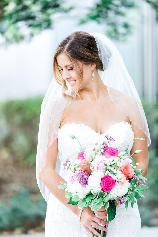 gorgeous bride in downtown jacksonville wedding