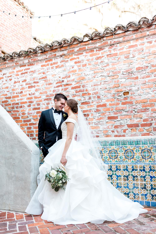 winter wedding in casa feliz in orlando fl - destination wedding photographer