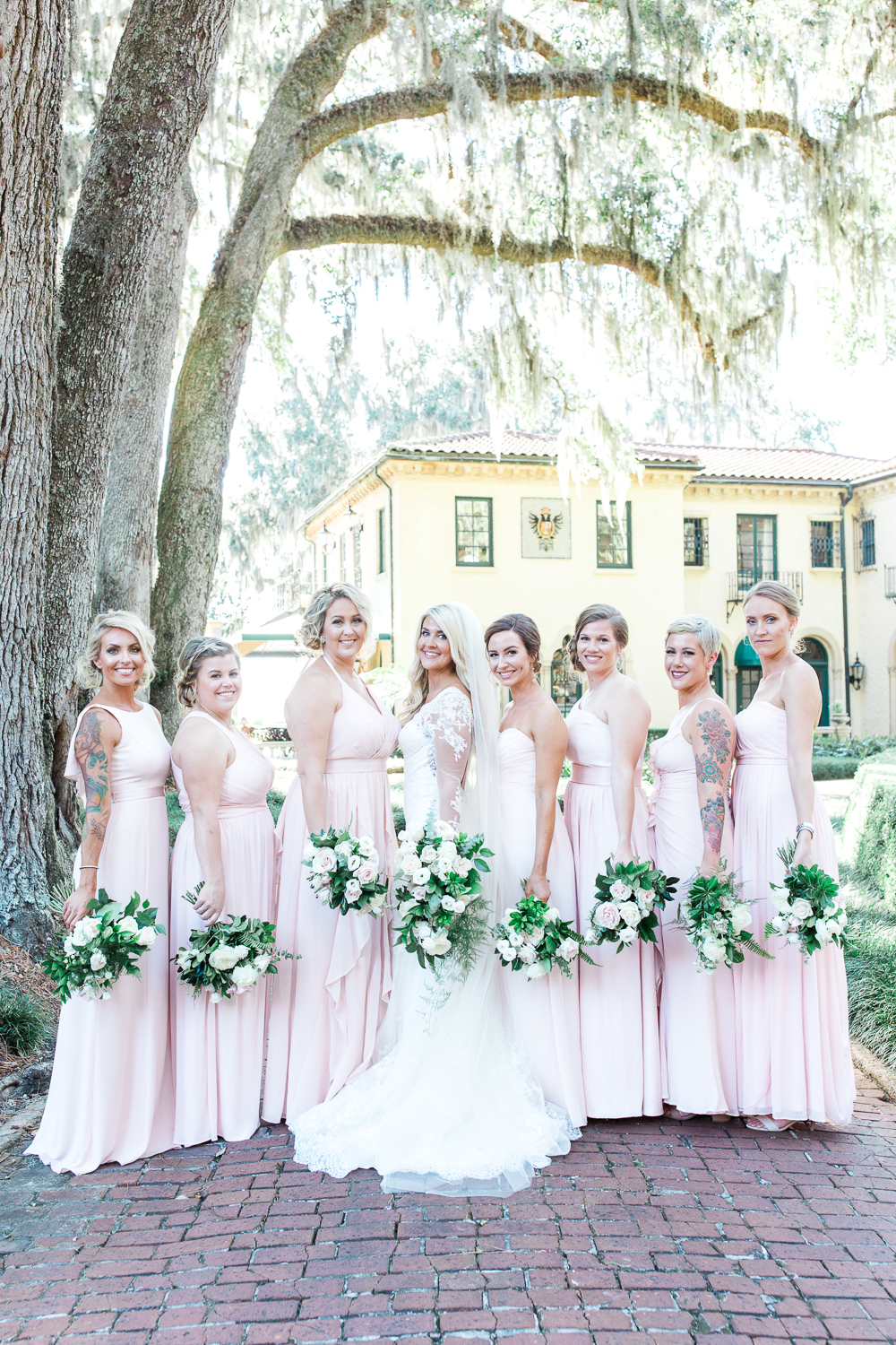 bride and bridesmaids picture ideas in epping forest yacht club wedding