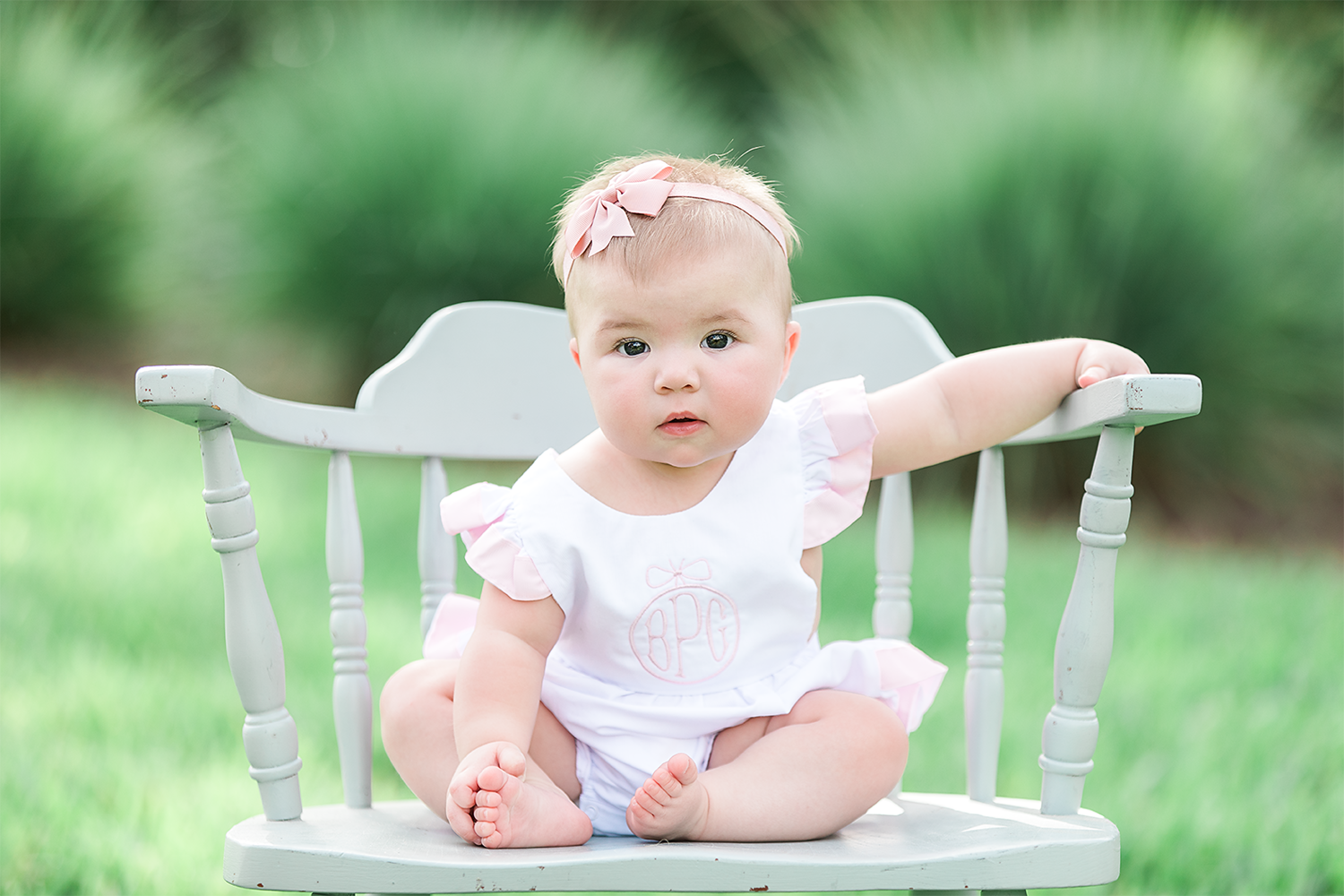baby girl picture ideas for 6 months birthday in greenery