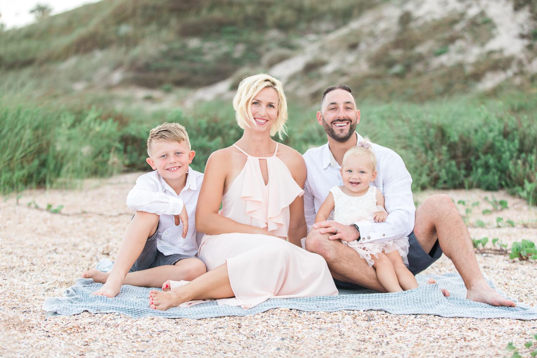 family photo ideas at the beach