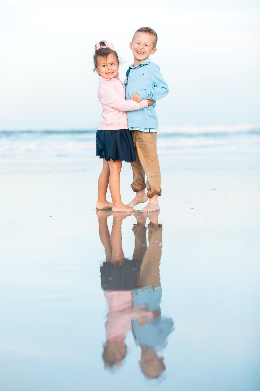 beach family photoshoot in Jacksonville FL