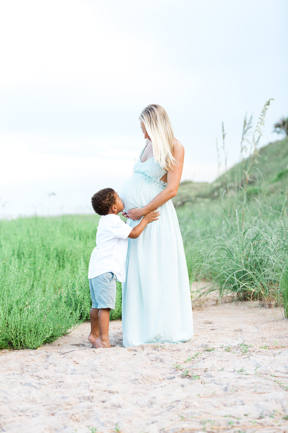 Maternity session in Guana beach - one of my favorite photoshoot location in town