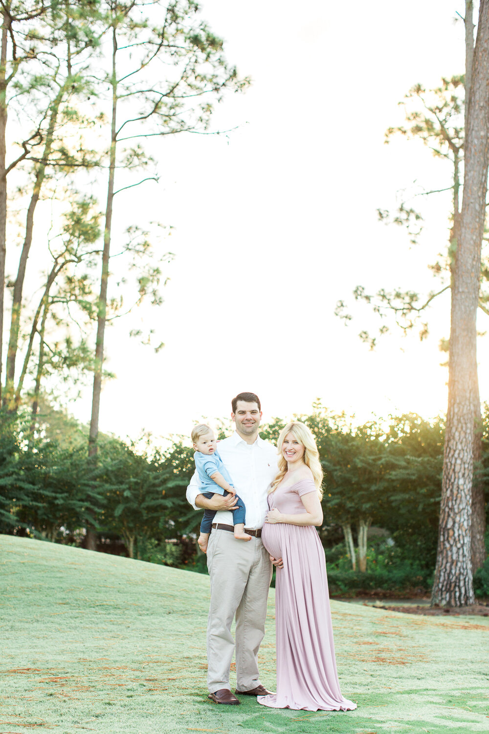 sunrise maternity photoshoot in jacksonville golf and country club
