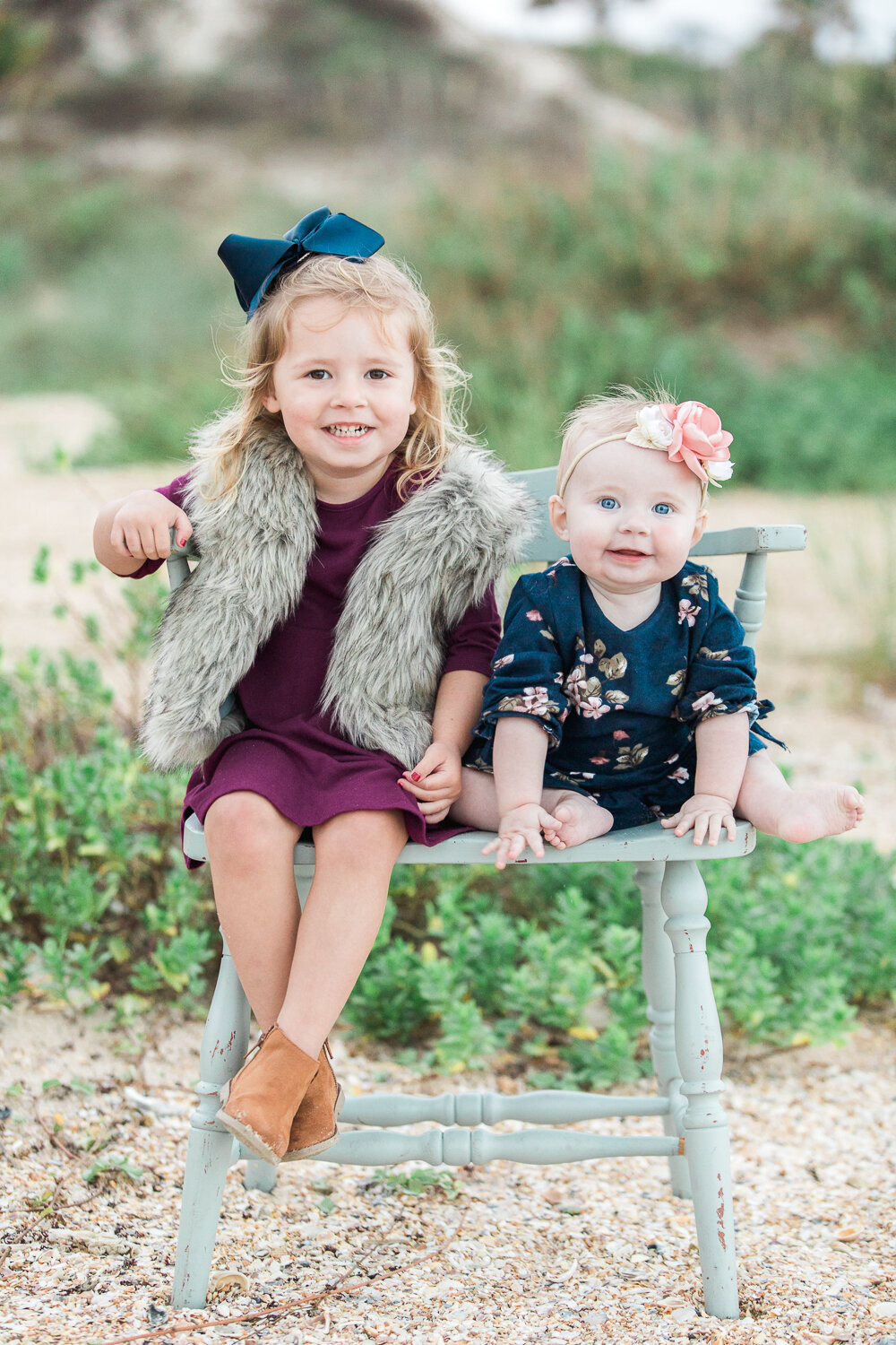 outfit and posing ideas for toddlers at the beach