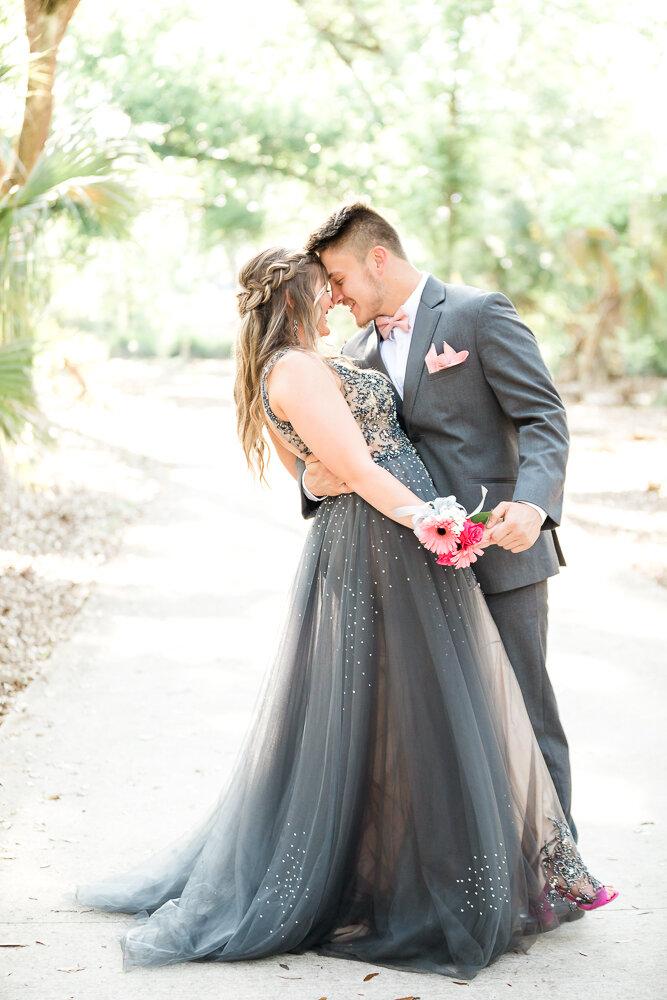 high school senior prom pictures in Nocatee 20 mile park