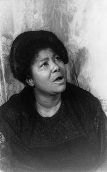 Mahalia Jackson, 1962   photo Wikipedia