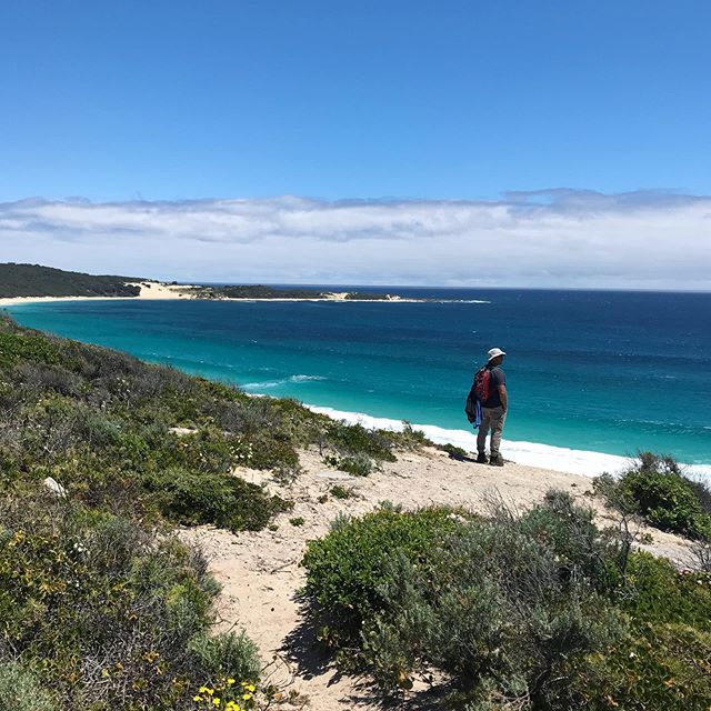 Only two spots left to adventure with us in Nov 🤸‍♀️ Immersed in some of the most stunning coastline that Australia has to offer, experience the restorative power of the ocean to recover the body and mind from the stressors of our fast paced world!  Feel the presence of being connected to something bigger, supporting and guiding you to pay attention to what you need in order to overcome any challenges you may be facing.  The beauty of this 135km hiking adventure is that it is designed to challenge your brain and body to promote growth, pushing the boundaries and letting your strengths shine!  Spots are filling fast as we get closer, link in bio to check it out.  #M4MH #starttalking #perthpersonaltrainer #pnda #ozfitness #ausmumpreneur #fitmum #businesschicks #lmbdw #fitnessaustralia #personalcoach #womenwhohustle #perthfitness #grouphike #pilbaralife #groupfitness #pilbara #karratha #maternalhealth #mentalhealthadvocate #wemoveformentalhealth #ecotherapy #moveformentalhealth #mentalhealthfirstaid #karrathabusiness #fitness #margaretriver