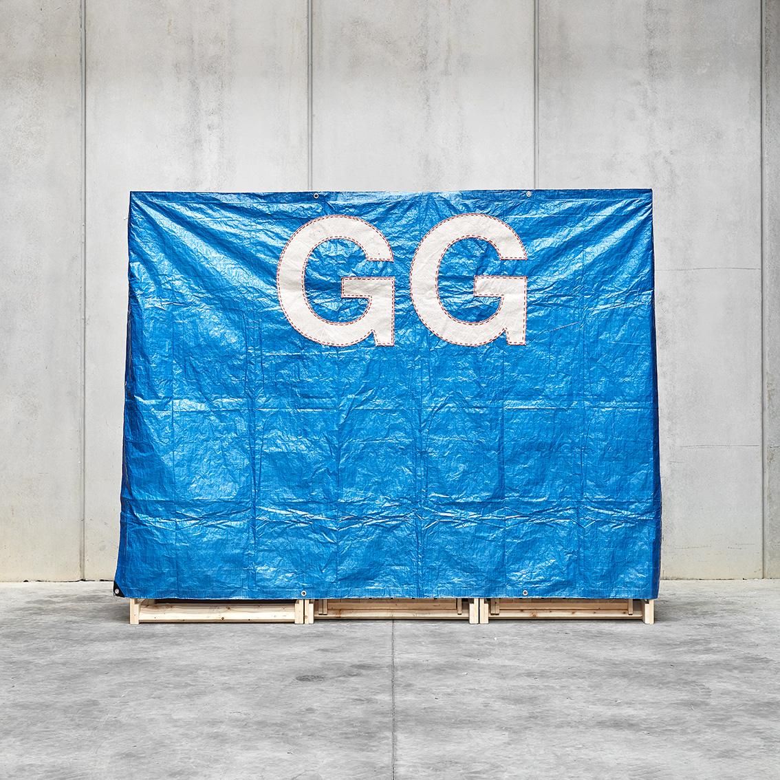 STAND GG 02.jpg