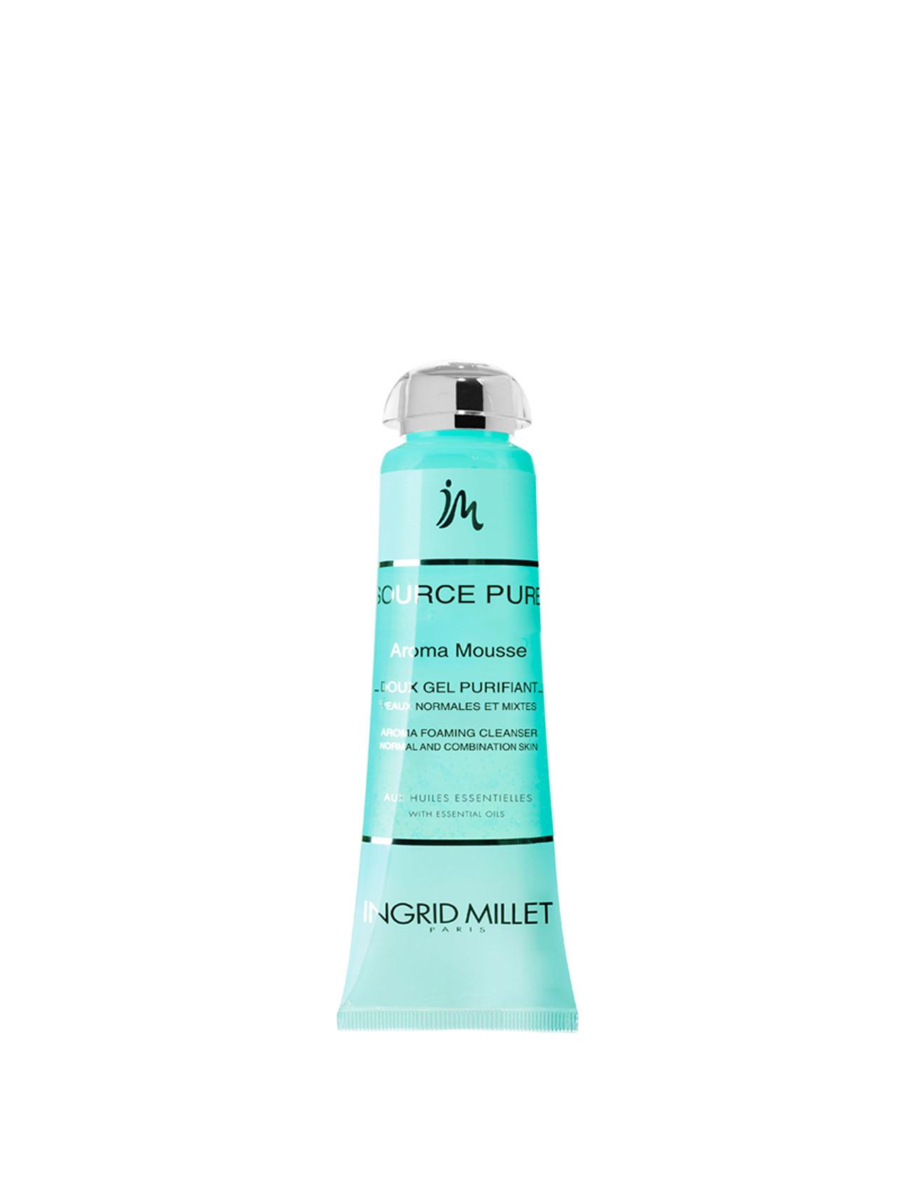 6-Aroma-Mousse-Gel-purificante-Ingrid-Millet-Linea-cosmetici-di-lusso-Source-Pure-Dispar-SpA.jpg