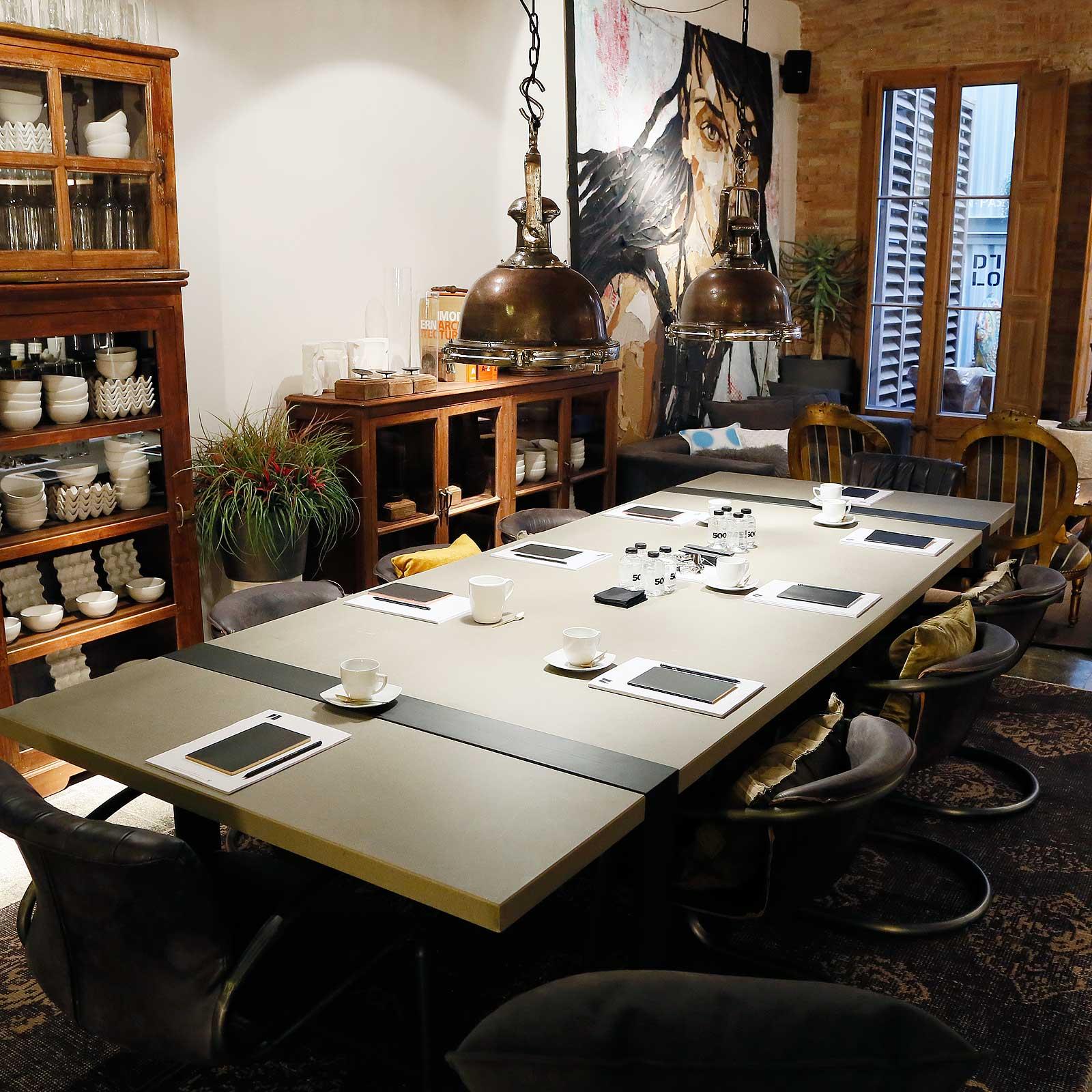 Zona mesa de reuniones