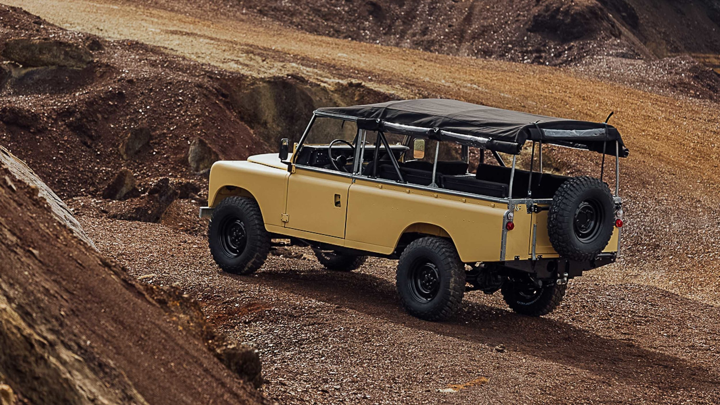 Coolnvintage Land Rover SIII-348.jpg