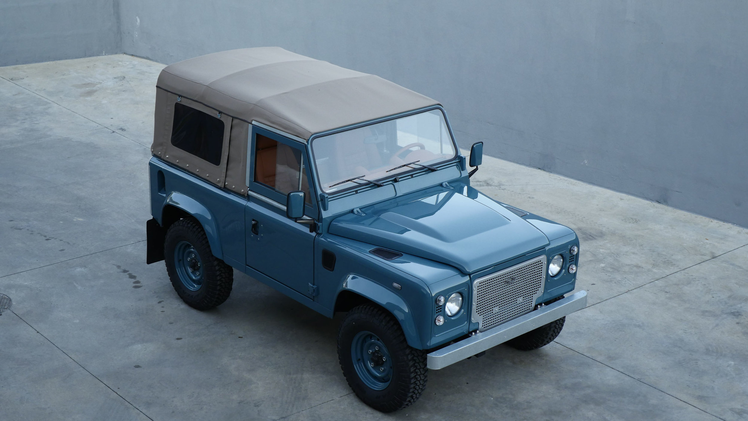 Coolnvntage Land Rover D90 Heritage (110 of 176).jpg