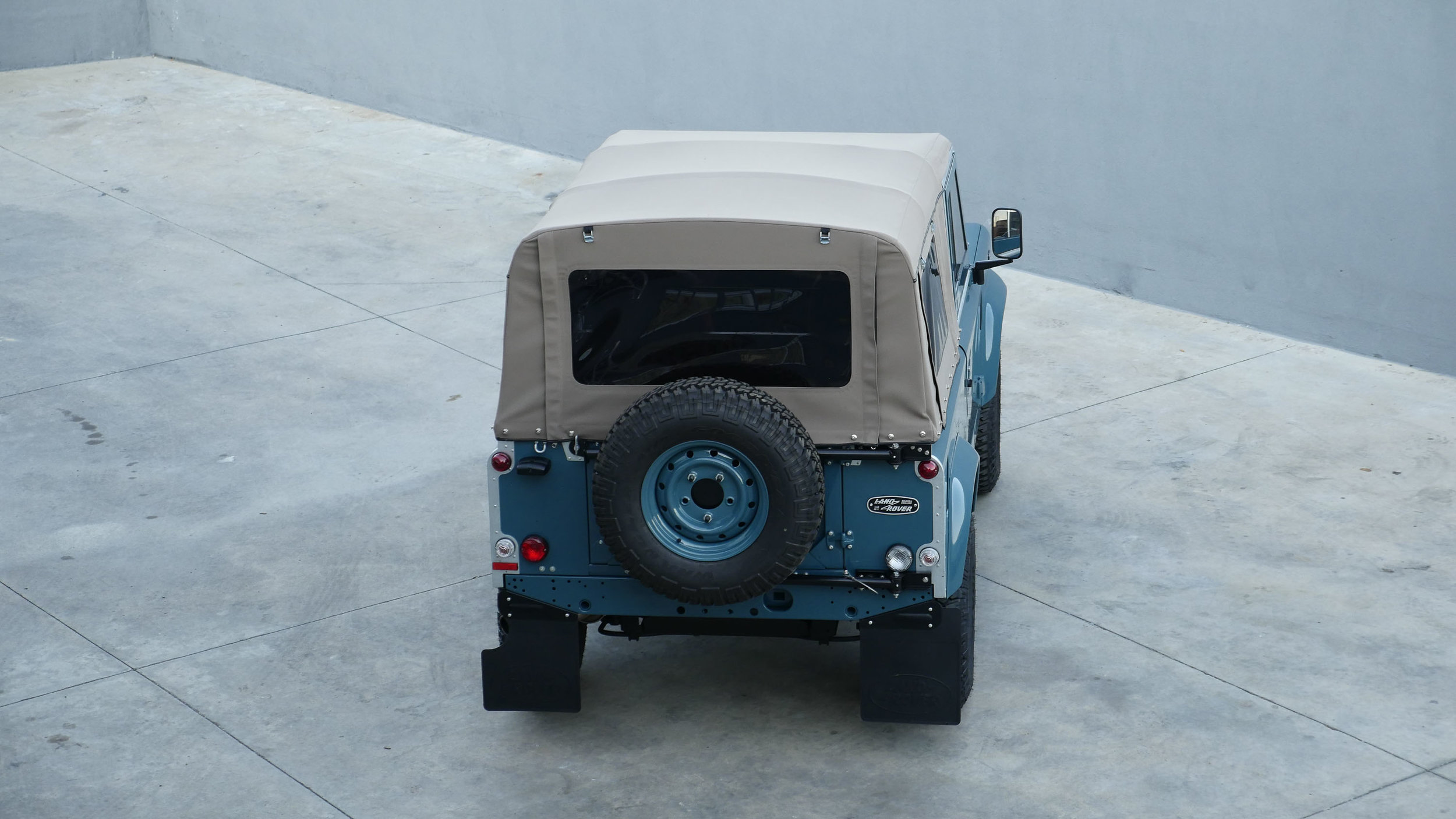 Coolnvntage Land Rover D90 Heritage (146 of 176).jpg