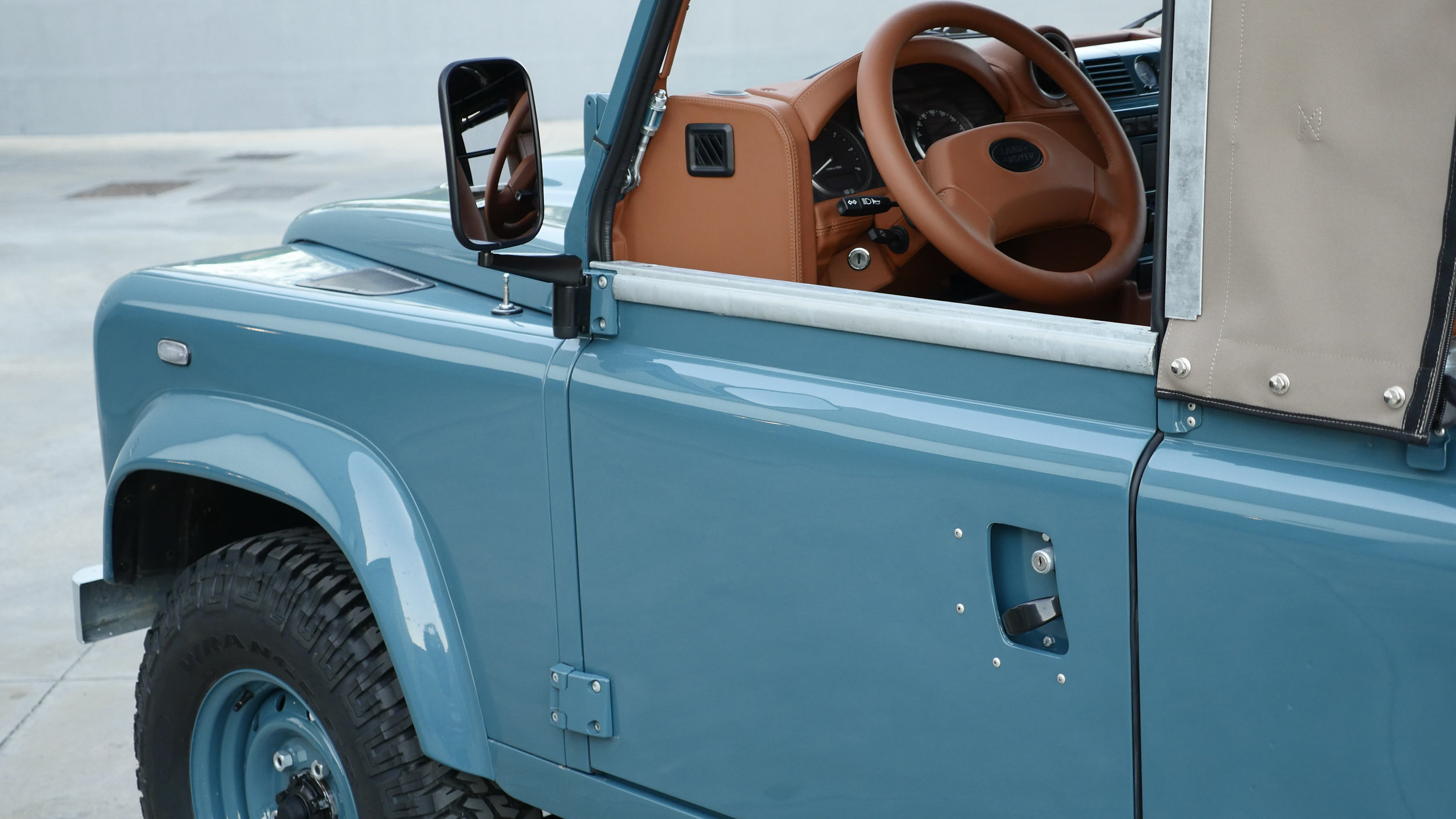 Coolnvntage Land Rover D90 Heritage (171 of 176).jpg