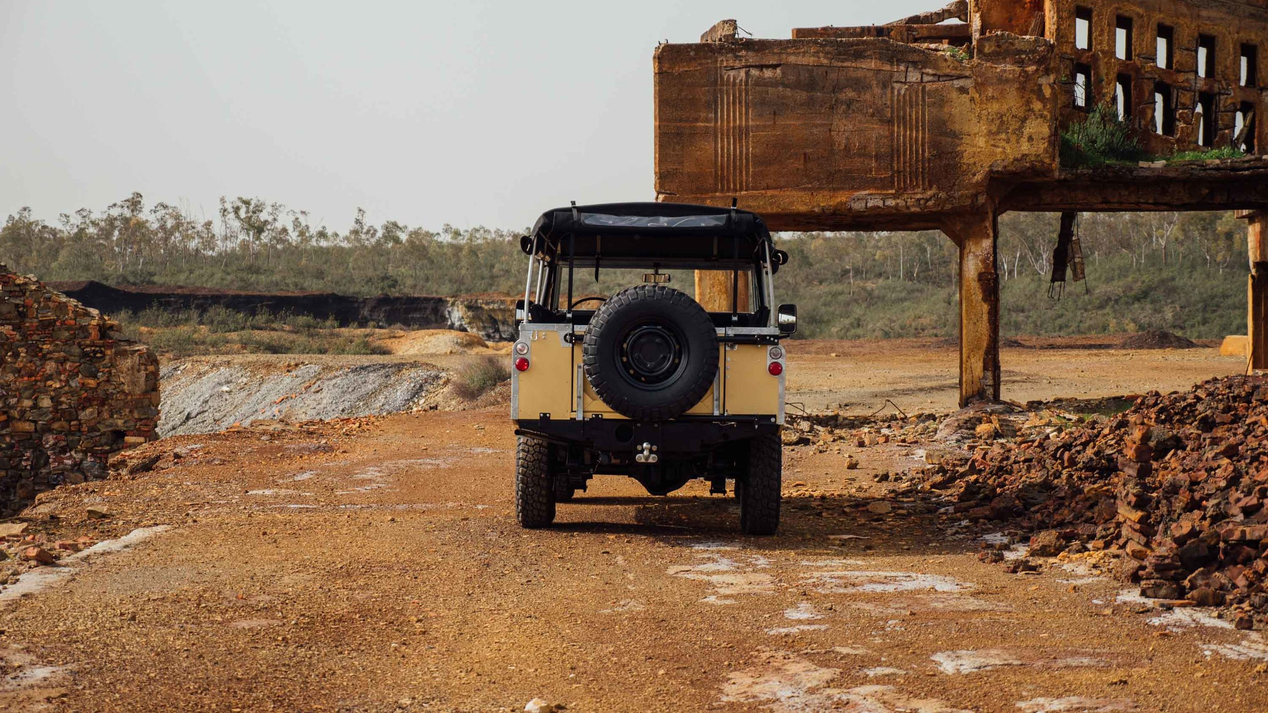 coolnvintage Land Rover S3 (166 of 207).jpg
