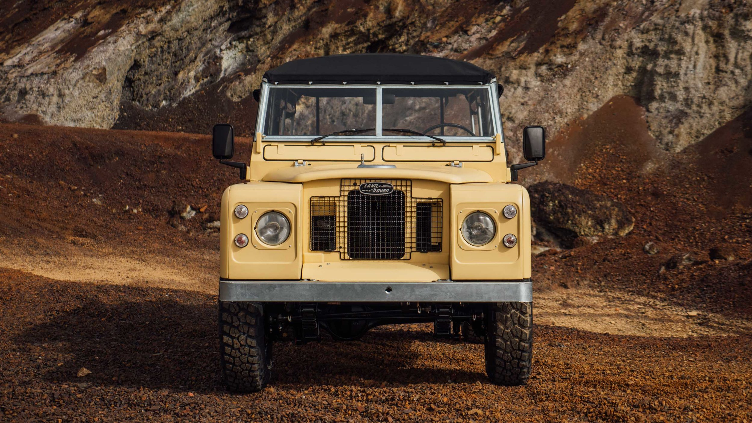 coolnvintage Land Rover S3 (164 of 207).jpg