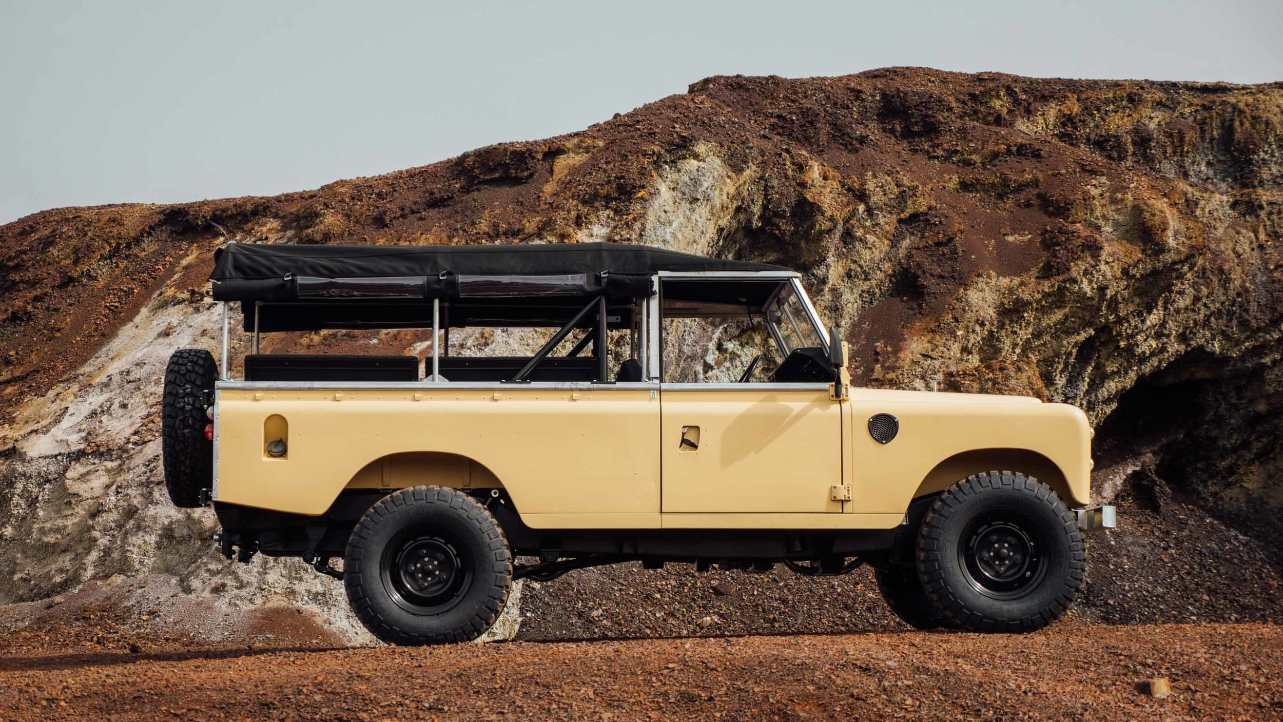 coolnvintage Land Rover S3 (152 of 207).jpg