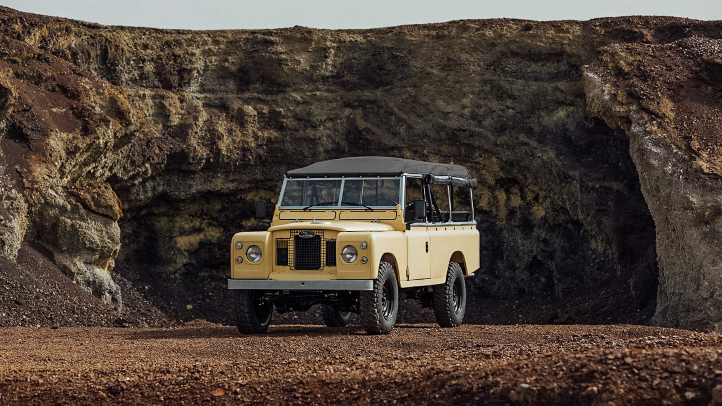 coolnvintage Land Rover S3 (195 of 207).jpg