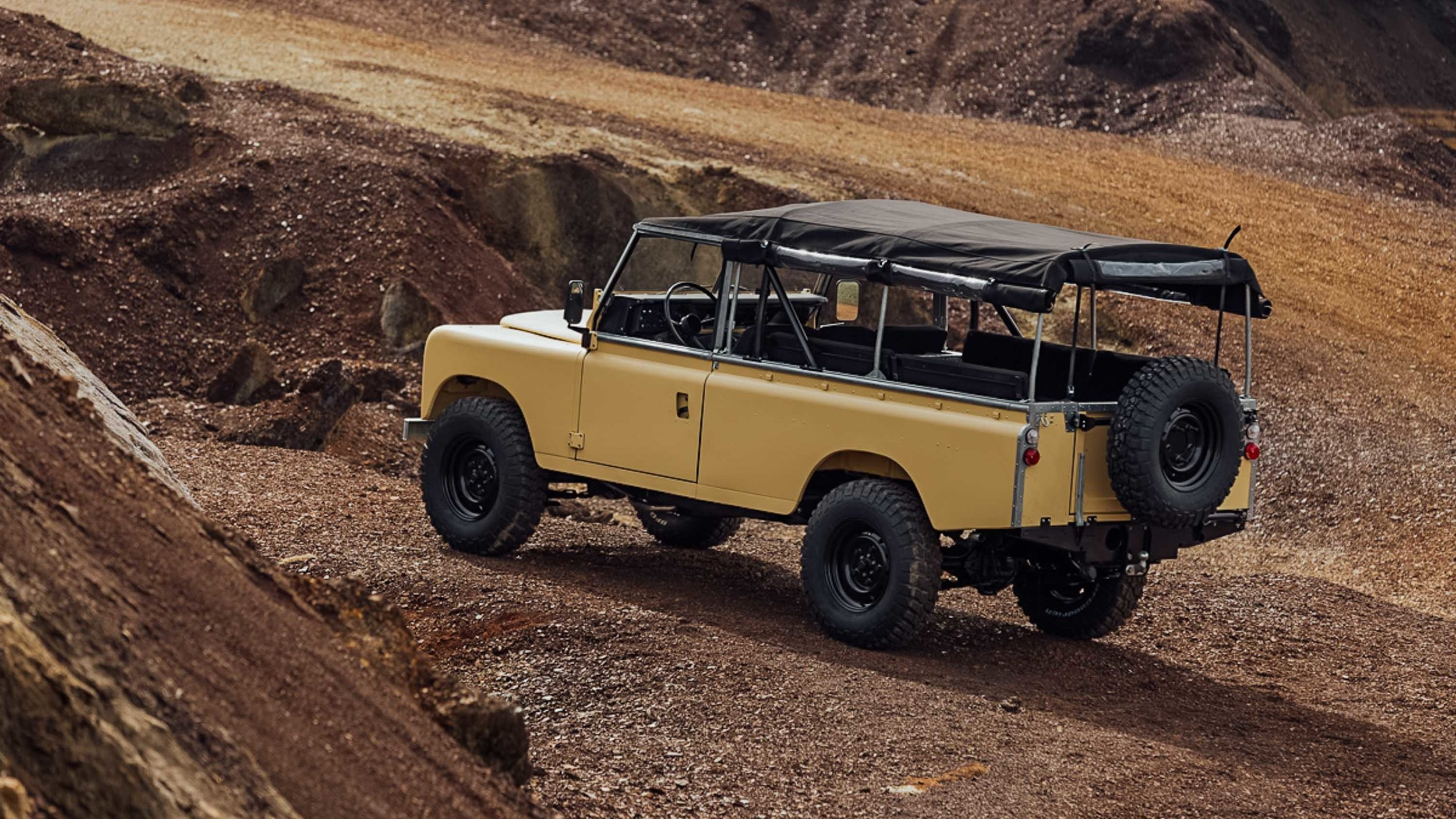 coolnvintage Land Rover S3 (186 of 207).jpg