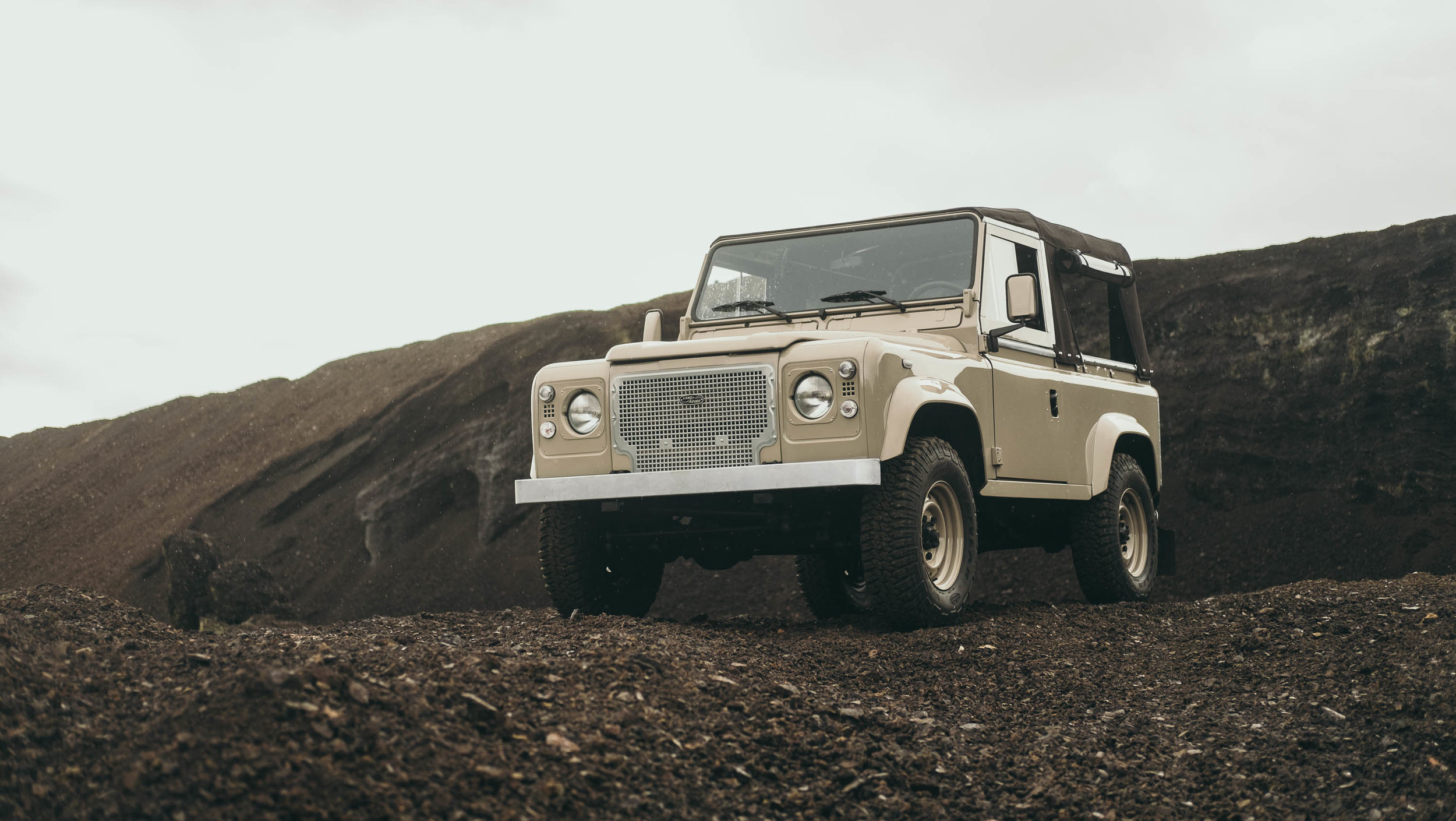 coolnvintage Land Rover Defender (76 of 81).jpg
