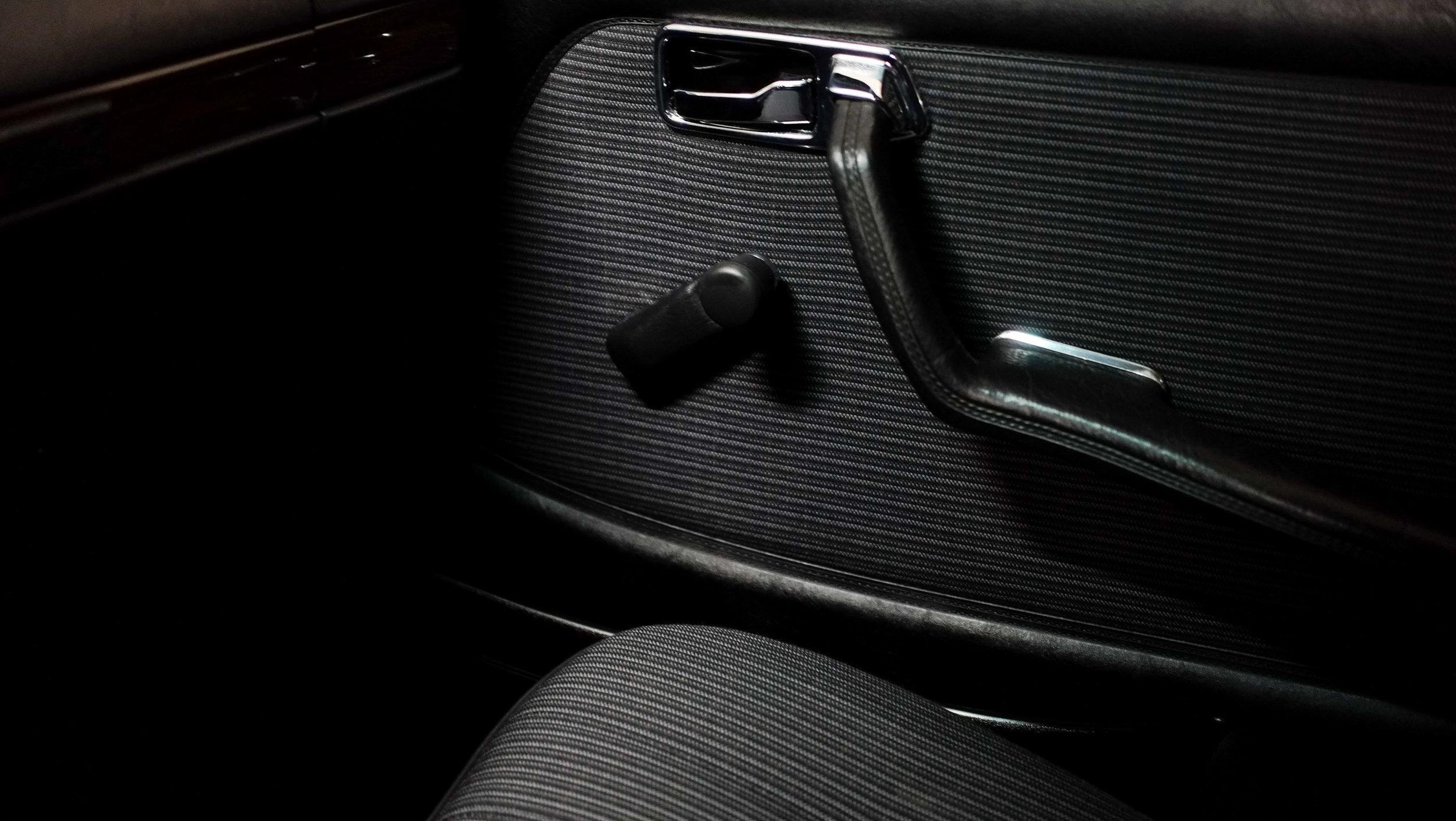 coolnvintage Mercedes-Benz W123 300D (47 of 59).jpg