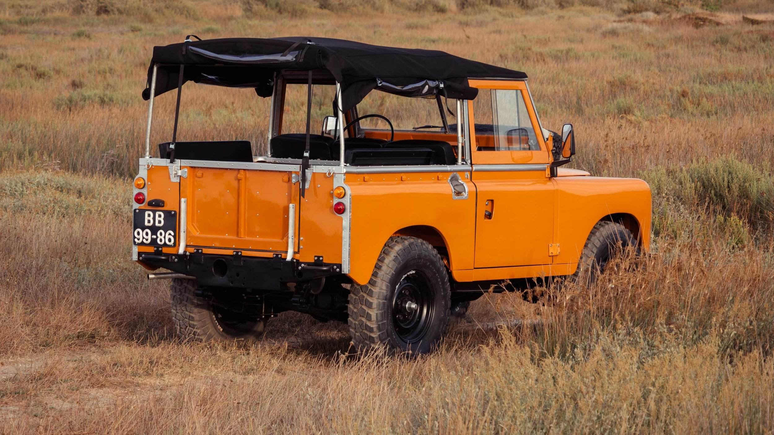 Coolnvintage Land Rover SIII (124 of 137).jpg