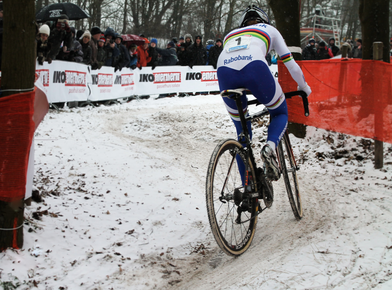 Countdown for the Cyclocross World Championships is ON!. Photo: Marianne Vos wearing the rainbown jersey in the 2013 Hoogerheide World Cup