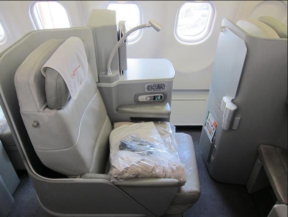 Alitalia Seats 2.jpg