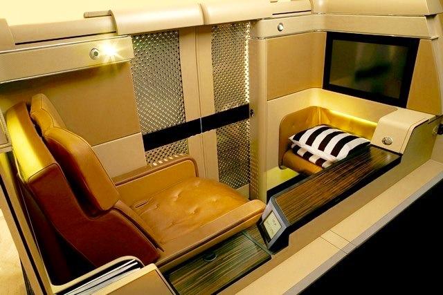 Etihad Seats First Suite 4_1024.jpg