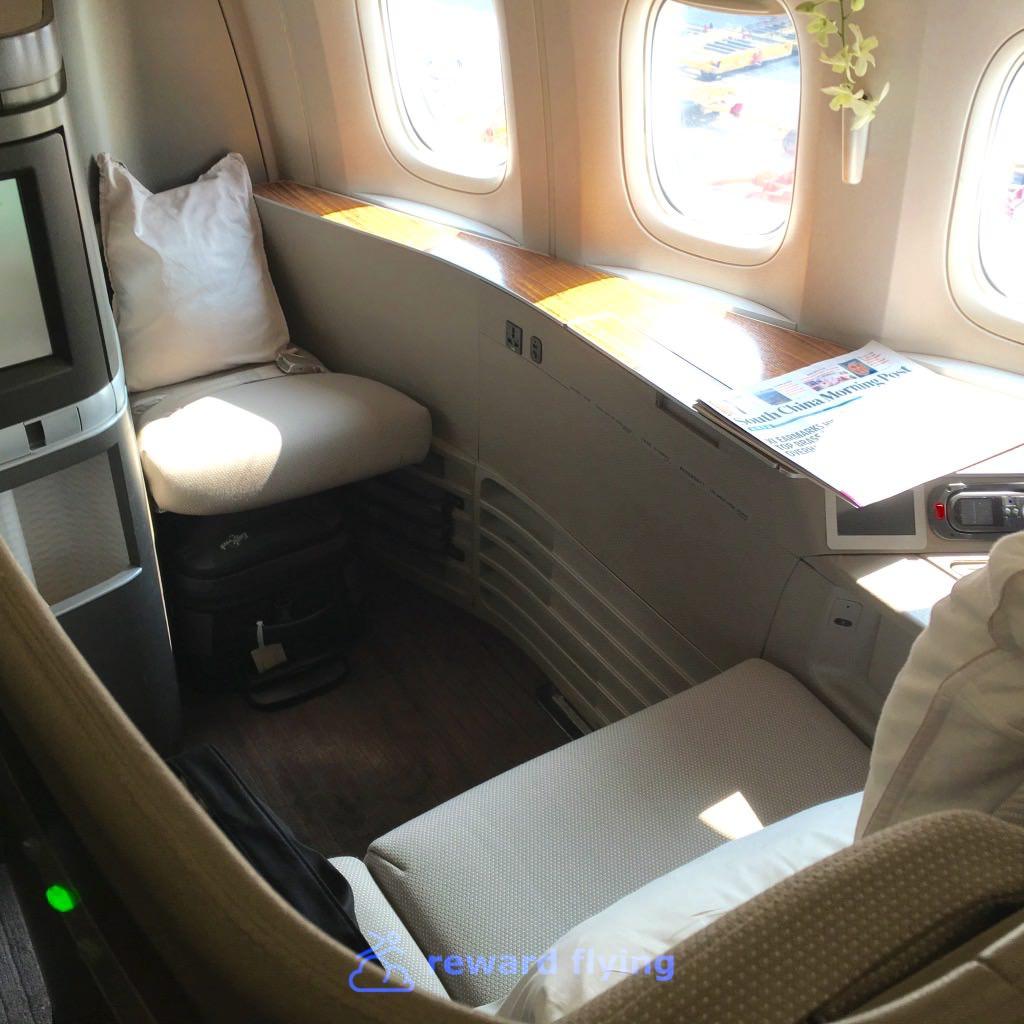 CX HKG-ORD Seat 2.jpg