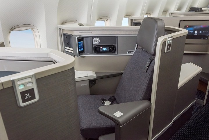 AA - American Airlines - 777-200 Concept D