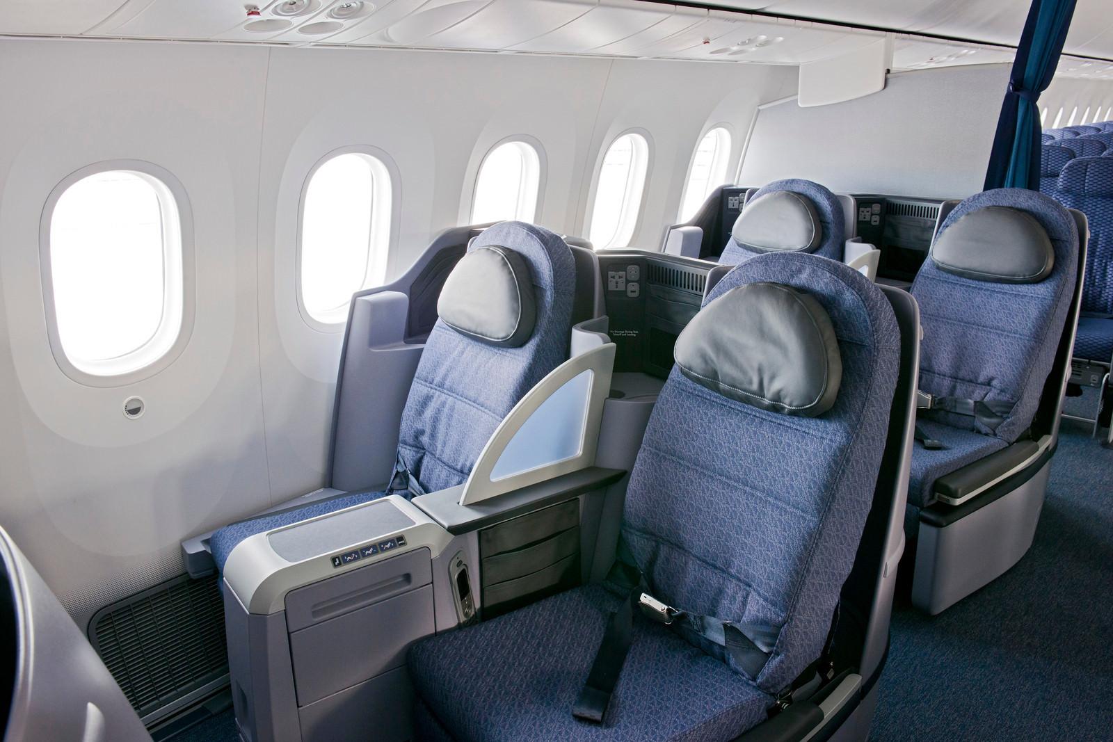 UA - United 787-8 and 787-9