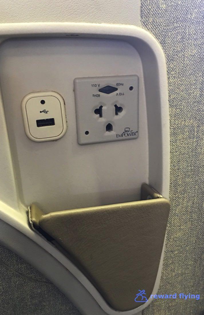 OZ104 Seat 6.jpg