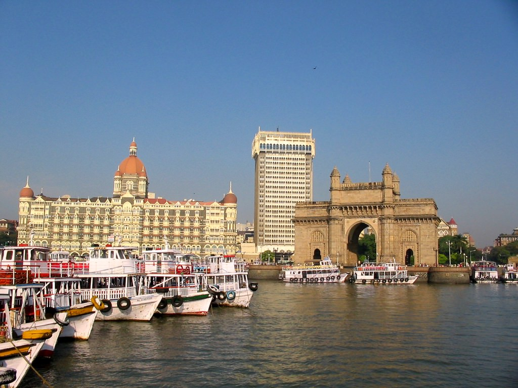 gateway_to_india_1024.jpg