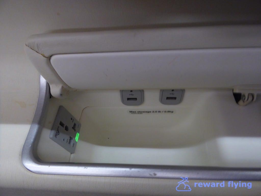 TG677 Seat 6.jpg